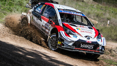 Ogier signs new deal with Toyota