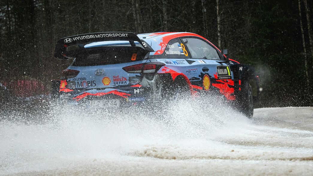 WRC stars applaud Rally Sweden team