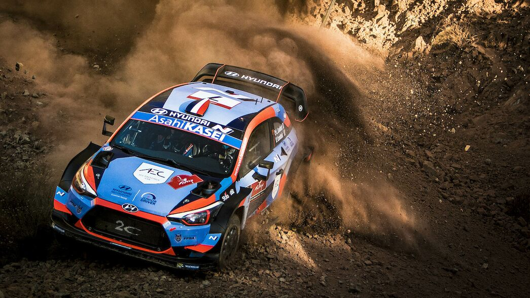 Loubet focused on rough road strategy for Italy