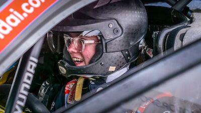 Solberg conduce el i20 World Rally Car en España