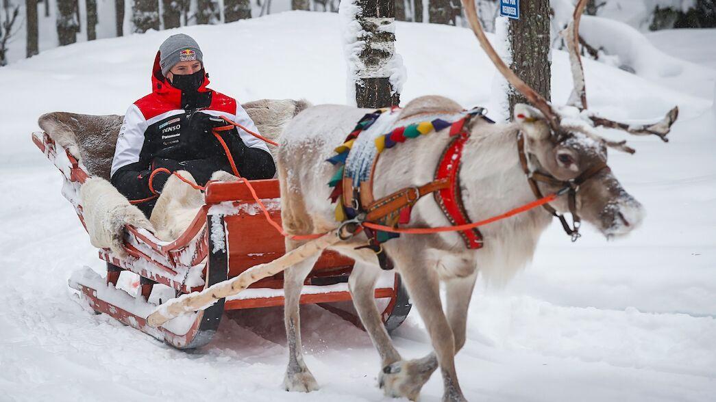 Evans eyes snow double in Arctic winter