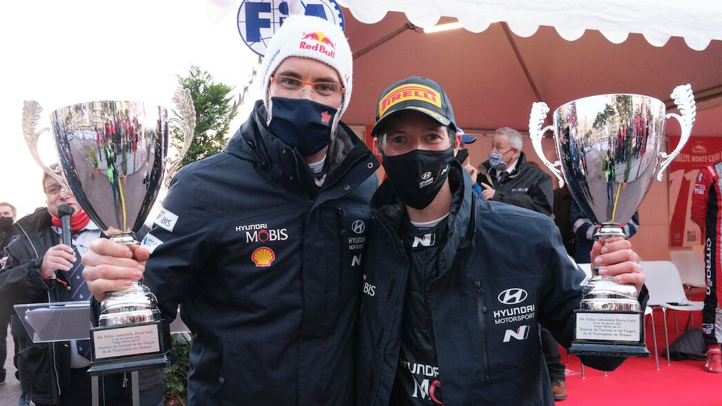Neuville sees long-term future with Wydaeghe