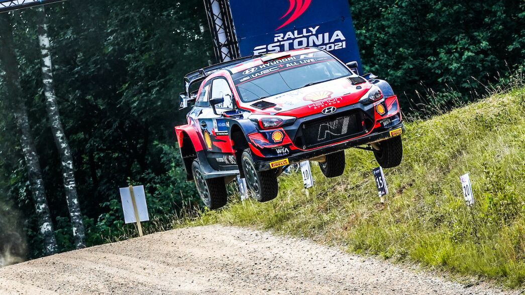 """Neuville: """"I think I could be the favourite"""""""
