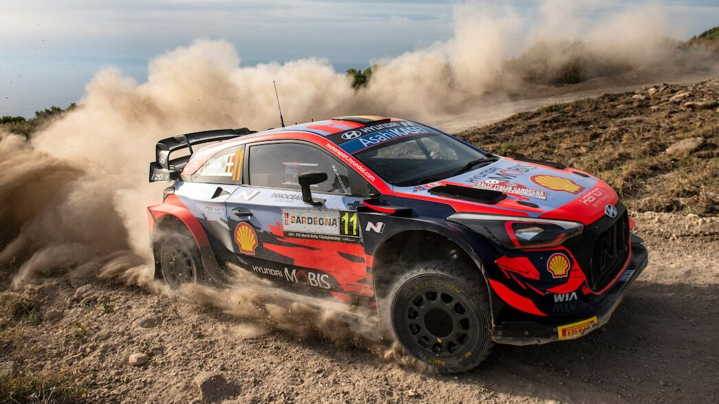 Power Stage win offers solace for Neuville