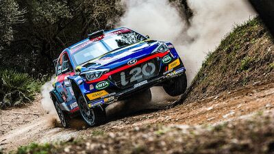 World title earns Huttunen step up to WRC2