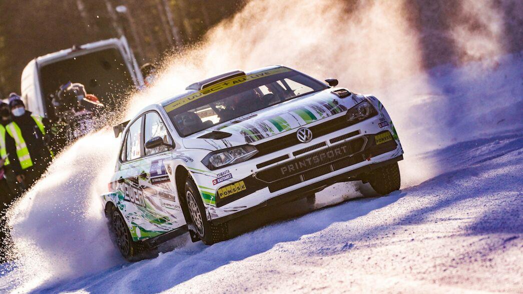 WRC2: Lappi se afianza en el primer puesto